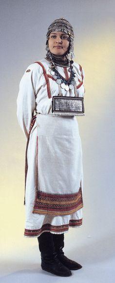 девичий костюм