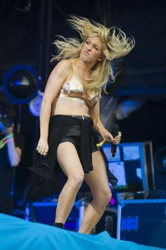 Funny News Pictures Of The Week Of course, Richie's got nothing on Ellie Goulding.