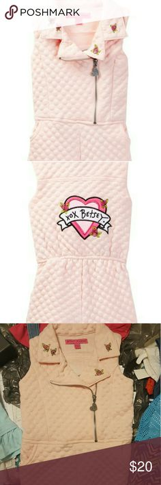 Nwt Betsey Johnson pink quilted romper size 4t Nwt - Betsey Johnson Pink quilted romper  Size 4t Betsey Johnson Matching Sets
