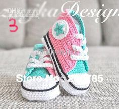 Pas cher Livraison gratuite, Crochet bébé chaussures de Sport à la main tricoter…