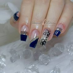 Pretty Nail Art, Beautiful Nail Art, Coffin Nails, Acrylic Nails, French Manicure Nails, Finger, Stylish Nails, Long Nails, Nail Colors