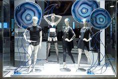 WEBSTA @ designinghaaker - Ophelia and Philo @Intimissimi Milan #designingmannequins #windowdisplay#shopwindows#Shopwindow#Showcase#Design#Vitrin#Moda#Fashion#creative#art#windowshopping #loveshopping#shops#vitrine#vetrina #etalagefiguren #Paspoppen
