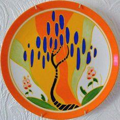 Clarice Cliff plate love the glaze job! China Painting, Ceramic Painting, Ceramic Artists, Clarice Cliff, Ceramic Pottery, Pottery Art, Art Nouveau, Tamara, Art Deco Design