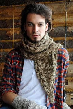 Ravelry: Longview pattern by Stephen West