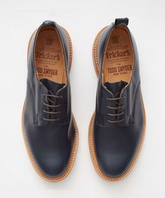 TRICKER'S LIMITED EDITION LEATHER DERBY SHOE IN NAVY