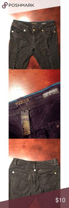 Distressed RocaWeae jeans Distressed RocaWeae jeans Rocawear Jeans