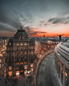 bring you to Vienna Austria  .  Photo by @fabolus_vienna . Tag us or use #travelshoteu . Follow:  @travelshot.eu @travelshot.ba @travelshot.na . . . . . . . . .