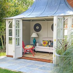 Diy Outdoor Storage Ideas Elegant Summer House Ideas – Garden Shed – Summer House for Garden Home Design, Shed Design, Garden Design, Modern Design, Summer House Garden, Dream Garden, Summer Houses, Garden Cottage, Studio Hangar