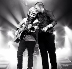 #Repost @harryreesephoto #happy birthday @zmyersofficial @thebrentsmith @shinedown @harryreesephoto   via Instagram http://ift.tt/1XYiqya  Shinedown Zach Myers