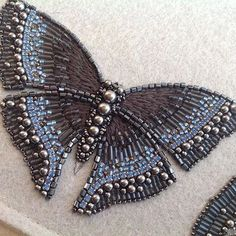 Embroidery butterfly bead 34 Ideas for 2019 – Kralen borduren Hand Embroidery Dress, Tambour Embroidery, Bead Embroidery Patterns, Butterfly Embroidery, Bead Embroidery Jewelry, Butterfly Pattern, Hand Embroidery Designs, Embroidery Stitches, Beaded Jewelry
