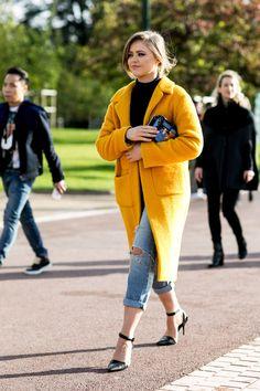 #KristinaBazan brilliant orange topper. Paris