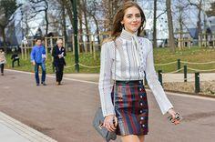 Inspire-se com 25 fotos de looks da moda para esse outono, looks lindos, modernos e elegantes para o dia que você pode usar para trabalhar ou ir às aulas.