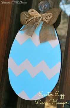 DIY Easter Egg Door Hanger