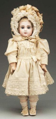 Splendid E.J. Jumeau Bébé Doll.