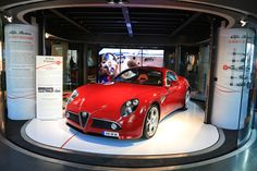 Champs-Élysées Motor Village – Alfa Romeo la beauté nécessaire  http://infos-75.com