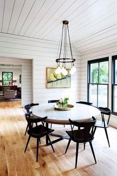 black-window-trim-white-walls