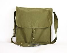 This is for men but i think it would be an awesome purse! Vintage Military Bag 1960's Green Canvas by ARoadThroughTime