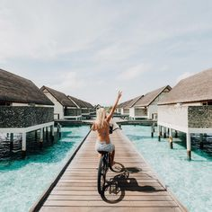 ✧ Let's Get Wander-fully Lost ✧ Currently ⌲ Maldives Snapchat: gypsea_lust Say hello ✐gypsea.lust@gmail.com