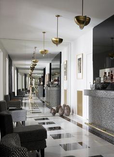Apartment Avenue Bosquet, Paris by Gérard Faivre