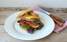 Cheddar, Hamburger, Bacon, Beef, Ethnic Recipes, Food, Meat, Cheddar Cheese, Hamburgers