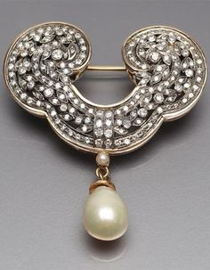 An antique gold, silver, diamond and cultured pearl brooch, 19th century. 4.8 x 3.6cm. #antique #brooch