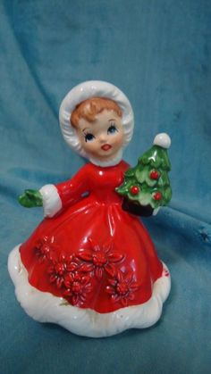 Vintage Lefton Christmas Girl w Tree Figurine 6604 Excellent