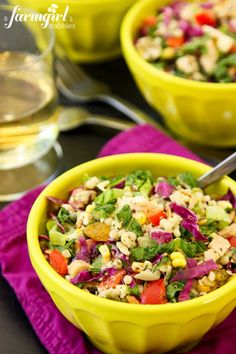 Chopped Chicken and Couscous Salad with Sweet Basil Dressing. Change the couscous to quinoa for a gluten free salad. Healthy Salad Recipes, Pasta Recipes, Dinner Recipes, Cooking Recipes, Easy Cooking, Yummy Recipes, Recipies, Yummy Food, Fresco