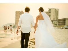 Our favorite beach wedding photo from Shutter Pop, one of SnapKnot's Tallahassee, Florida wedding photographers