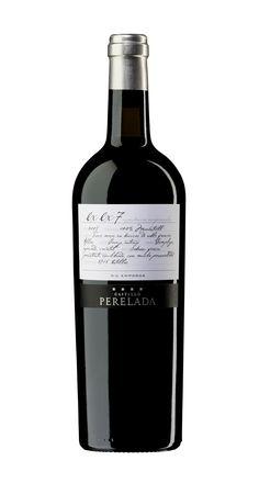 Trabajo gráfico para la expresión de los vinos experimentales del #CastillodePerelada. #Packaging #Premium