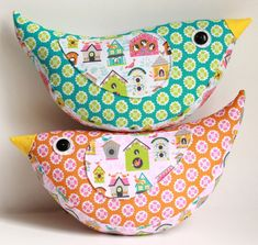 Sewing Cushions Image of Katie Bird Pillow PDF Sewing Pattern - This super sweet bird pillow is not only simple to sew but really fun to make. Watching it all come together is so cute! Perfect for a baby in soft. Sewing Hacks, Sewing Tutorials, Sewing Crafts, Sewing Tips, Sewing Ideas, Diy Crafts, Sewing Basics, Sewing For Kids, Free Sewing
