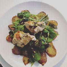 Dinner-Inspiration! Hühnchenbrust mit Ricotta Salat & Kartoffeln  #yummy #food #dinner #dinnerinspiration #healthy