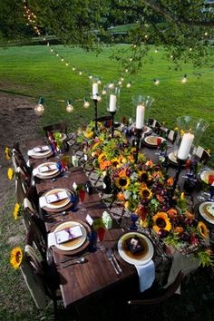 .Fall tablescape with sunflowers