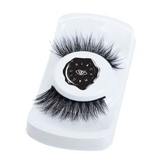The innocent sister of Noctura, these celestial lashes are as long as the day and embody a light airiness. Made for the goddesses of the world, these super gorgeous fluffy lashes are sure to make you light up the room!…