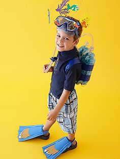 Whether your little one has dreams of becoming a chef or a zookeeper, we have easy do-it-yourself Halloween costume ideas he or she will love! 9 Costumes for Halloween Your Kid Can Wear Again (And Again) Jennifer Kino kinoeyes Kids Whether your lit Happy Halloween, Halloween Kids, Halloween Party, Carnaval Kids, Diy Disfraces, Scuba Diver Costume, Under The Sea Costumes, Costume Marin, Homemade Halloween Costumes