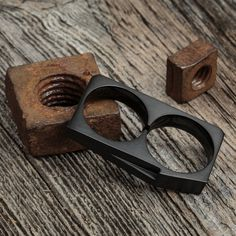 Style up your wardrobe with this trendy two finger ring from Vitaly