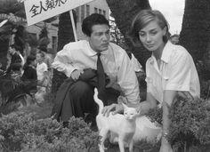 Eiji Okada, Actor: Suna no onna. Eiji Okada was born on June 13, 1920 in Chiba, Japan. He was an actor, known for Suna no onna (1964), Nijuuyojikan no jouji (1959) and The Ugly American (1963). He was married to Wasa, Aiko. He died on September 14, 1995 in Japan.