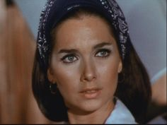 DS Sones uploaded this image to 'Invaders'. See the album on Photobucket. Classic Actresses, Hollywood Actresses, Beautiful Actresses, Actors & Actresses, Old Hollywood Glamour, Vintage Hollywood, Hollywood Stars, As Roma, Alfred Hitchcock