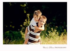 Adorable brothers picture from Maris Ehlers Photography #photography #siblings #children #boys