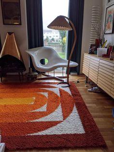 Dream Home Design, House Design, 1960s Living Room, 70s Decor, Home Decor, Retro Table Lamps, Retro Interior Design, Shag Carpet, My New Room