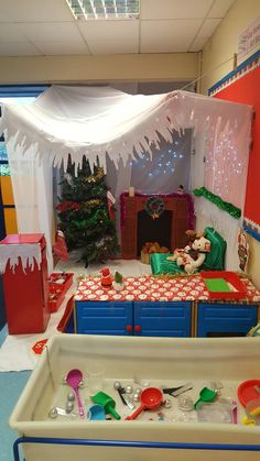 Christmas / Santa s grotto role play area. Christmas Grotto Ideas, Christmas Fair Ideas, Christmas Activities For Kids, Preschool Christmas, Christmas Themes, Kids Christmas, Christmas Decorations, Preschool Winter, Xmas Ideas