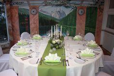 Hochzeitstisch grün-weiß - wedding table green and white  www.riessersee.com