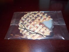 Included in the Spring Fling VoxBox. Peach Pie car Freshener from the Labor Day Movie!