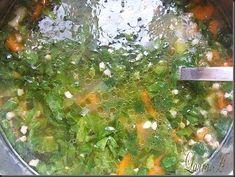 Ciorba de zarzavat (legume din belsug) | Retete Laura Adamache Seaweed Salad, Palak Paneer, Ethnic Recipes, Food, Essen, Meals, Yemek, Eten