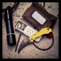 masterofnil:  Just a bit of fun kit.Light, fast, mobil, concealable, effective. MasterofNil.com
