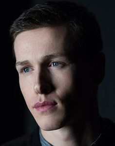 I saw the film Beach Rats at Outfest on Sunday starring this quite stunning young man. He's Harris Dickinson and not only does the Beach Rats, Harris Dickinson, Shawn Mendes Shirtless, The Darkest, Darkest Minds, When You Smile, Prince Philip, Interesting Faces, Beautiful Boys