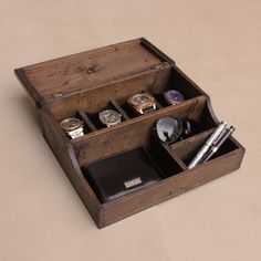 Hand made with the well-organised man in mind. The distressed vintage look is completely authentic – the box is made from reclaimed pine wood over a century old and sourced from old buildings, mills and furniture. You'll never need to worry about loosing