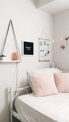 75 Romantic Bedroom Decor Ideas With Plant Theme Room Decor Bedroom, Diy Room Decor, Home Decor, Diy Bedroom, Design Bedroom, Bedroom Furniture, Bedroom Ideas, Romantic Bedroom Decor, Tumblr Rooms