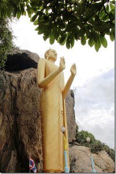 Wat Khao Takiap in Hua Hin, Thailand – World Adventurers [27 photos]