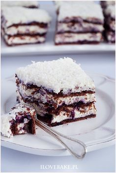 Ciasto princessa zebra - I Love Bake Cake Recipes, Dessert Recipes, Vegan Junk Food, Tasty, Yummy Food, Vegan Smoothies, Vegan Kitchen, Polish Recipes, Vegan Sweets