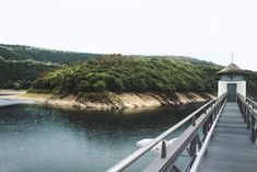 5 Ziele für Tagesausflüge in die Eifel | HELLO WANDER Die Eifel, Camping, Travel, Wonderful Places, Hiking Trails, Day Trips, Campsite, Viajes, Destinations